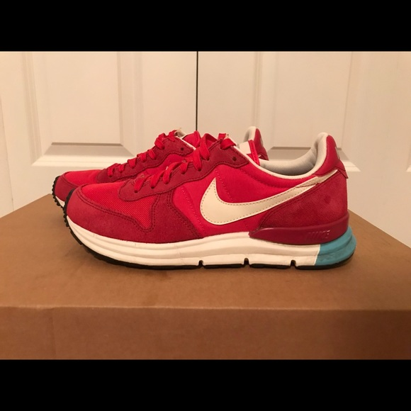 sports shoes 2c9d5 4b15d Nike Air Lunar Internationalist. M 5c774163409c1515a3ff82ad